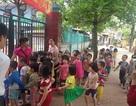 """Hà Nội: Trường mầm non """"nhồi"""" sĩ số, học sinh khổ sở mùa nóng"""