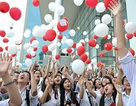 Rợp trời bóng bay gửi ước mơ đỗ ĐH của học sinh Ams