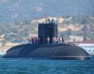 Tàu ngầm Hà Nội vào cảng Cam Ranh an toàn