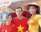 Người con tha hương trước gian hàng Việt ở Ecuador