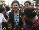 Thủ tướng Thái Lan đi bỏ phiếu trong vòng vây cảnh sát