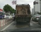 Xe chở rác gây ô nhiễm môi trường Thủ đô