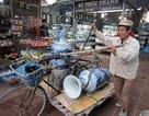 Chợ gốm Bát Tràng nhộn nhịp ngày cận Tết