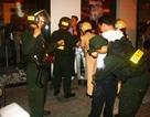 Bắt 2 người nước ngoài cướp giật trên phố