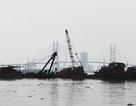 Trục vớt tàu cánh ngầm bị cháy và chìm trên sông Sài Gòn