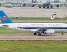 Máy bay Trung Quốc hạ cánh khẩn vì bay mất nắp động cơ