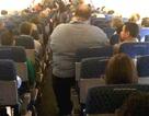 Người béo phải... trả thêm tiền khi đi máy bay