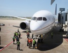 Siêu máy bay Dreamliner hạ cánh khẩn cấp vì trục trặc