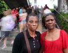 Hai du khách Anh bị đánh tại Trung Quốc vì từ chối hàng giả