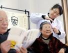 Trung Quốc: Dịch vụ chăm sóc người già kiếm bộn tiền