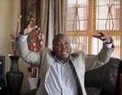 Phiên dịch giả trong tang lễ Mandela từng bị cáo buộc giết người