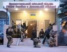 Người biểu tình ở miền đông Ukraine chiếm sân bay quân sự