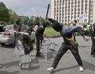 Bầu cử Ukraine bị gián đoạn tại nhiều khu vực