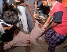 Cảnh sát Pakistan đụng độ lớn với người biểu tình, 300 người bị thương