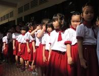 """Nắng nóng có thể gây bỏng, các trường """"ứng phó"""" bảo vệ học trò"""
