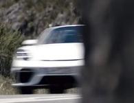 Porsche hé lộ hình ảnh mẫu xe thể thao mui trần mới