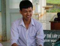 Thủ khoa tỉnh Đắk Nông xin đi làm thêm để ra học ĐH Luật Hà Nội