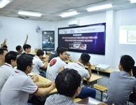 Tổ chức thi liên kết đại học tại nhà Trưởng phòng Giáo dục