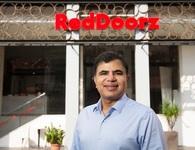 Cựu nhân viên khách sạn thành chủ startup dịch vụ lưu trú triệu USD