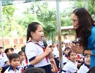 Betrimex trao tặng sách hay cho học sinh tiểu học tỉnh Bến Tre