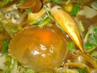 Lạ miệng món lẩu cua biển có vị sườn heo non