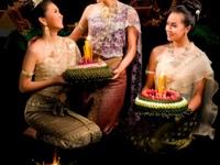 Những lễ hội ấn tượng ở xứ sở chùa Vàng