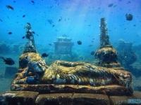 Những bí ẩn xung quanh ngôi đền tượng Phật nằm dưới đáy biển