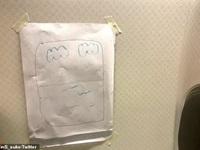"""Tiếp viên hàng không ứng xử hài hước trước đòi hỏi """"khó chiều"""" của khách"""