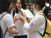 Thi vào lớp 10 tại Hà Nội: Thu thẻ dự thi ngay sau ngày làm thủ tục