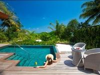 Khu nghỉ dưỡng giữa biển giá 57 triệu/đêm có gì hay mà giới siêu giàu đổ xô tới?
