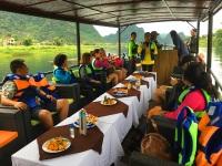Trải nghiệm du thuyền giữa lòng di sản Phong Nha,tham quan các làng nghề