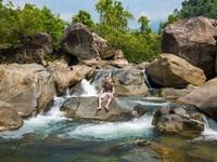 """Quảng Nam: Khám phá suối """"Lỡm ngỡm"""" thượng nguồn núi Chúa"""