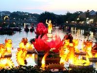 Hàng ngàn người dân và du khách tưng bừng vui hội Phật đản 2019