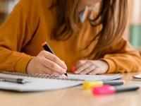 Hiệu trưởng trường trung học Mỹ tráo đề thi để học sinh đạt điểm cao