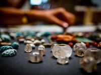 Tìm thấy hòm châu báu chứa đá quý bị chôn vùi trong thảm họa núi lửa cách đây 2000 năm