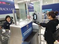Nữ du khách Việt bị bắt vì dùng hộ chiếu của người khác