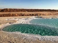 Độc đáo và tuyệt đẹp những hồ nước dành cho người không biết bơi