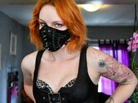 Gái mại dâm được khuyến cáo không nên hôn khách hàng