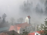 Nhà thờ đá cổ - Biểu tượng của vùng du lịch Sa Pa