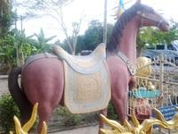 """Xem tượng ngựa Xích Thố """"độc"""" nhất miền Tây"""