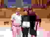 """""""Cậu bé vàng"""" piano tự hào khi quốc kỳ Việt Nam tung bay tại các cuộc thi"""