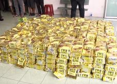 Xem công an khui 60 thùng loa chứa 1,2 tấn ma tuý ở Sài Gòn