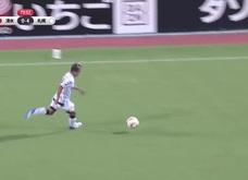 Màn trình diễn chói sáng của tiền vệ Chanathip Songkrasin giúp CLB Sapporo giành chiến thắng 8-0 trước Shimizu