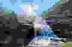 Sa Pa: Mãn nhãn thác nước cao hơn trăm mét đổ xuống từ đỉnh núi