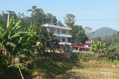Biệt thự 3 tầng nổi bật giữa vùng núi của gia đình Hà Đức Chinh