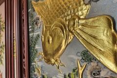 """Bị """"hét"""" gần 30 triệu đồng cặp tranh gốm cá chép vàng, mua hàng online nửa giá"""
