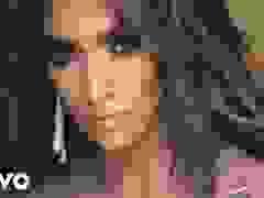 Jennifer Lopez trẻ trung và quyến rũ