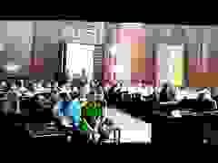 Bị cáo Lê Thị Thanh Thúy tự bào chữa.