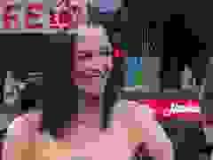 Katie Holmes rạng rỡ trên thảm đỏ