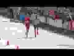 """Nhà vô địch marathon """"xấu xí"""": Đứng lại vạch đích để sỉ nhục đối thủ"""